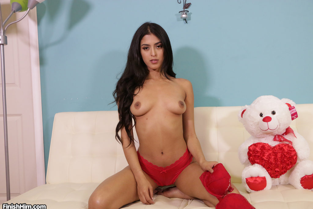 Sophia leone form FinishHim